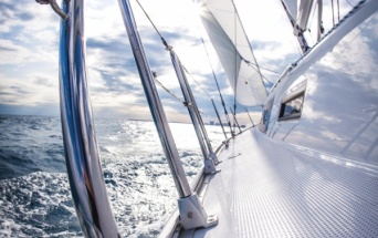 Offerta e Last minute weekend e settimana in Barca a vela all'isola d'Elba, Capriaia e Corsica